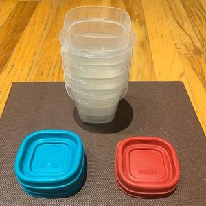 Extra small storage containers - couple Oz.